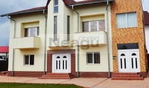 Vila 340mp, zona Stefanesti, complet mobilata si utilata